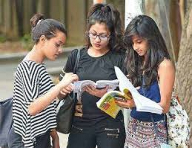 DU releases new revised datesheet for open book exams 2020