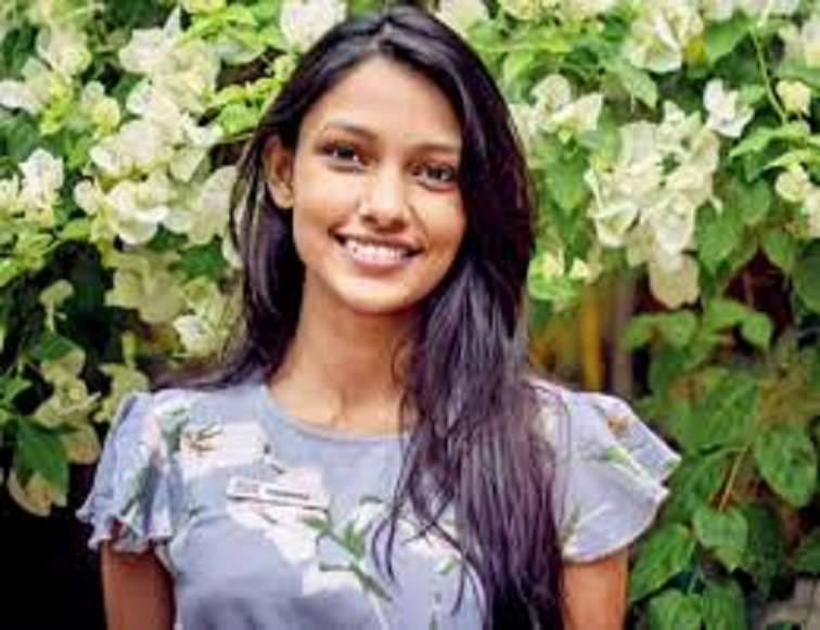 Meet the 22-Year Old Mumbai Girl Who Filed the Petition Against Fair & Lovely
