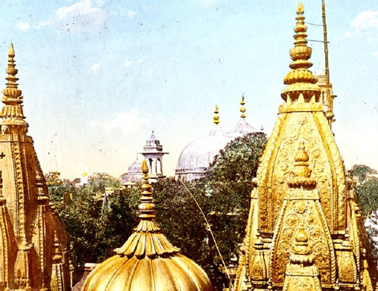 A new dress code has decided for sanctum sanctorum temple.