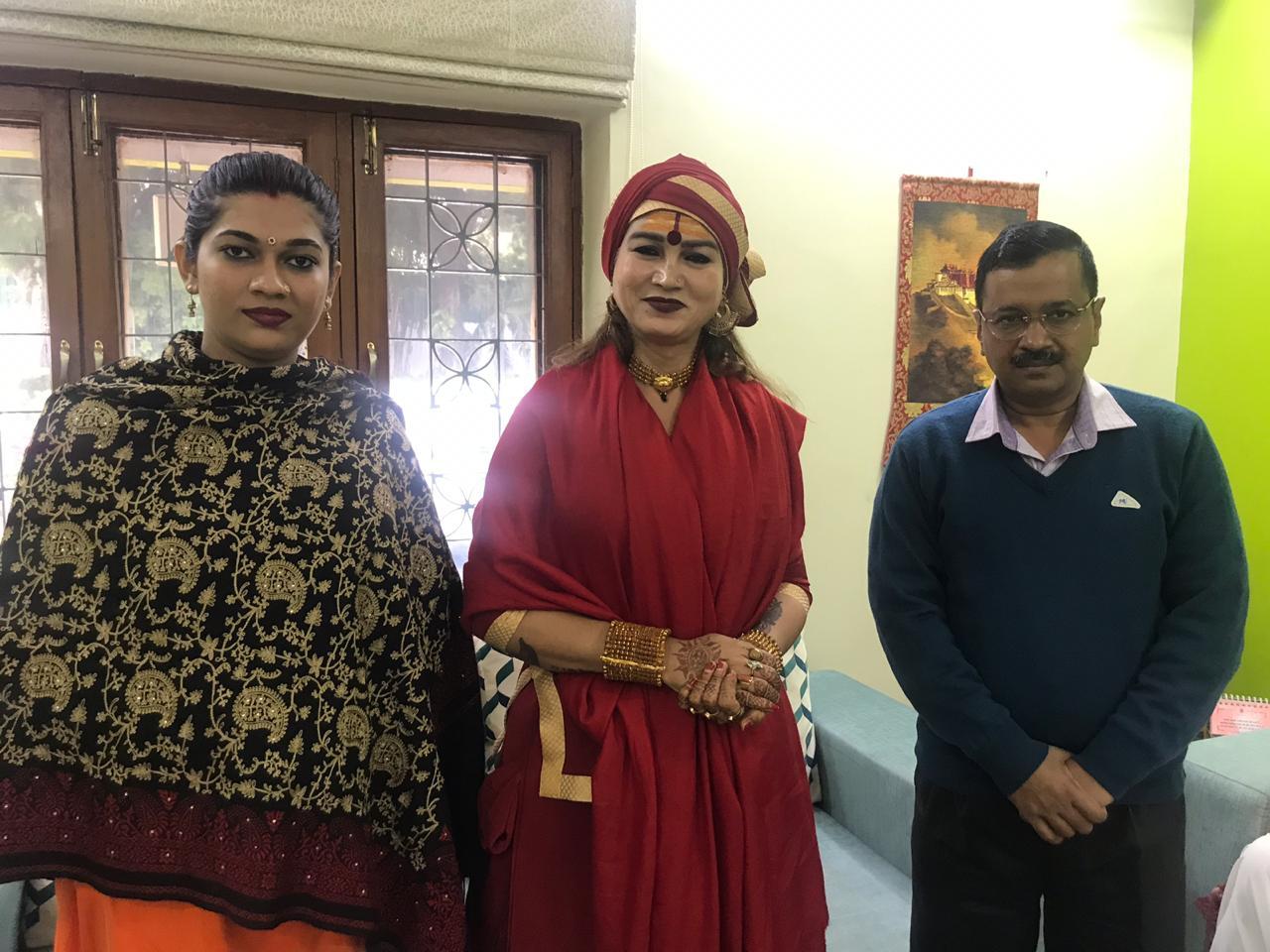Transgenders met Kejriwal to ask for support in Transgender Bill in Parliament
