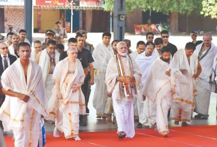 Narendra Modi holds first public commitment in Kerala's Guruvayur since poll win; state as dear to me as Varanasi