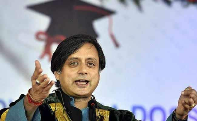 Tharoor denied entry in a Temple during Modi's visit