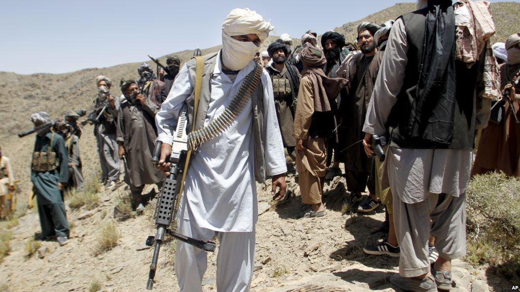 Afghanistan: 30 policemen dead in Taliban attack.
